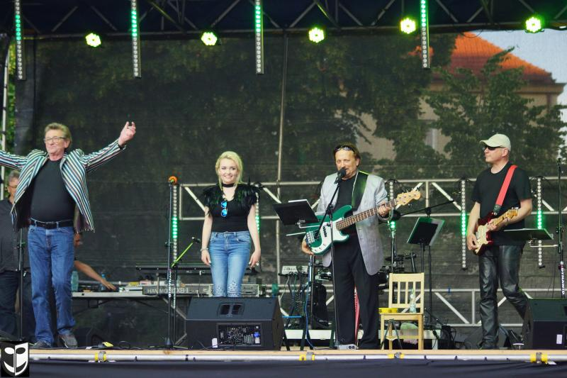 You are browsing images from the article: POZNAKOWSKI BAND